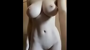Young Australian Hottie With Big Boobs Undresses and Shows Herself